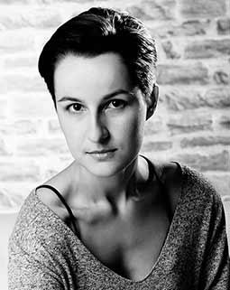 Latona, Portrait