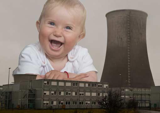 Kind mit Kohlekraftwerk