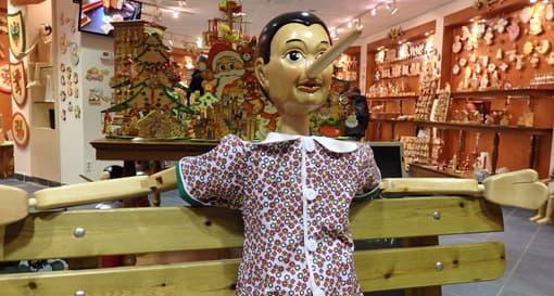 Pinocchio lügt und hat eine lange Nase