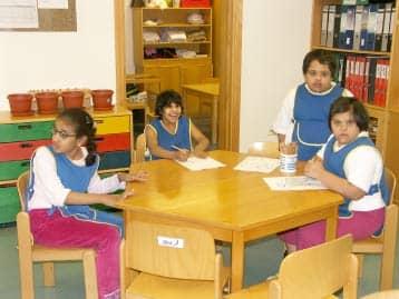 4 Kinder einer Schulklasse (12 ist das Richtmaß)