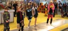 Vorschau: Anbieter fuer Schulkleidung bietet auf der didacta 2008 eine Modenschau